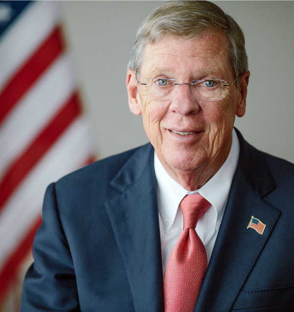 Portrait of U.S. Senator Johnny Isakson from Georgia.